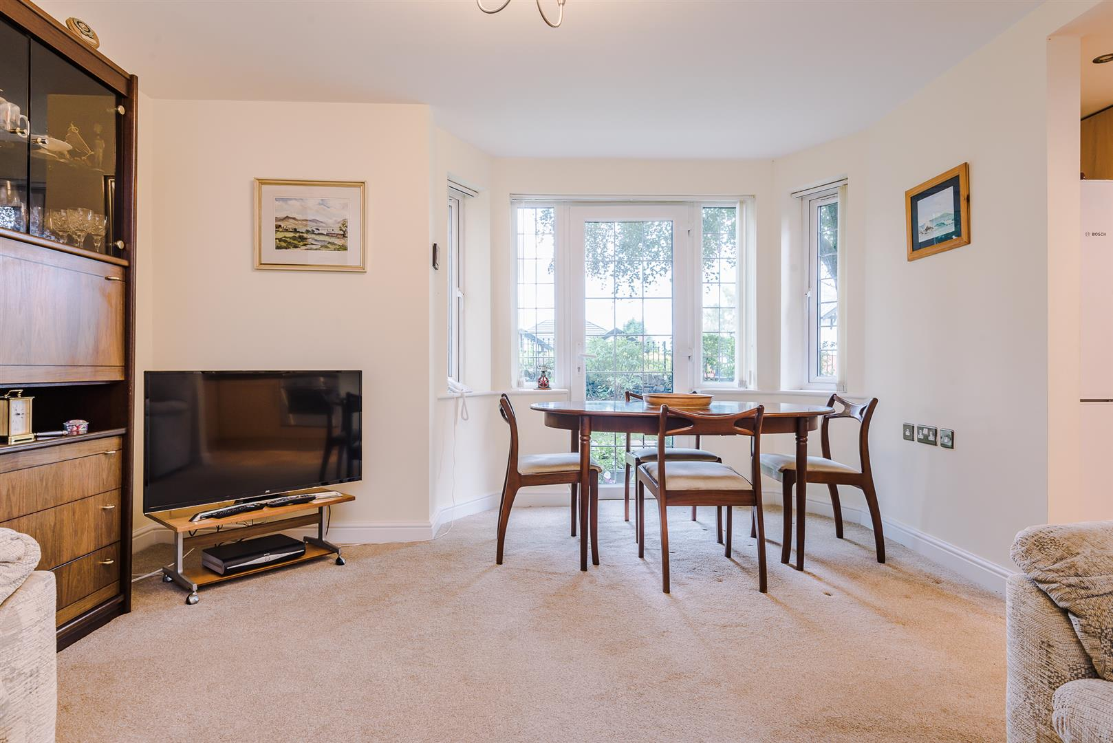 2 Bedroom Apartment Sale Agreed Image 5